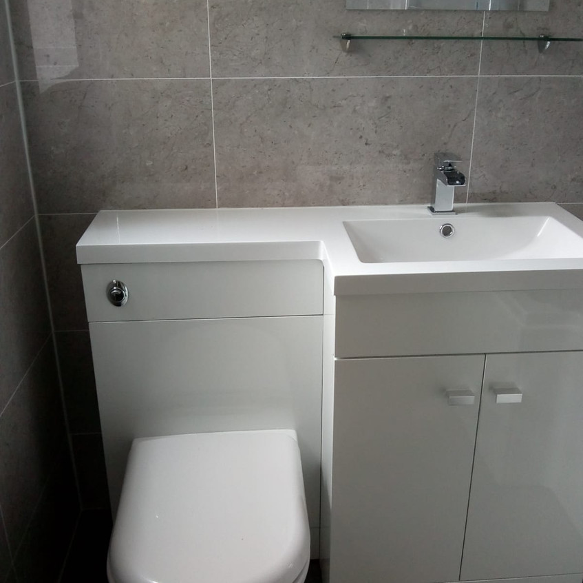 Doncaster Bathroome Design & Fit. 4