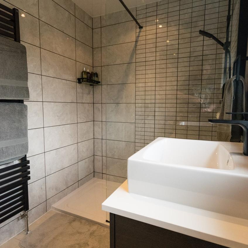 Steve Brooks Bathrooms 1