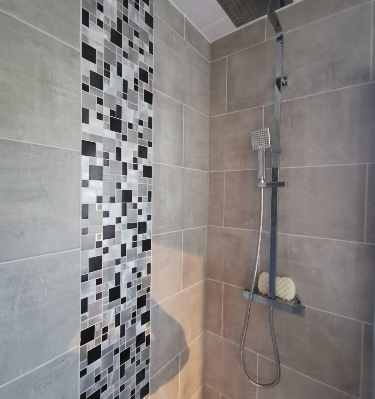 Hull Modern Bathrooms & Showers Supplied