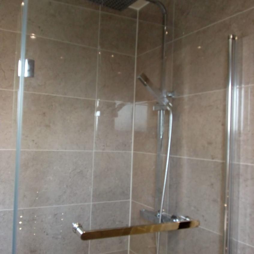 Doncaster Bathroome Design & Fit. 3