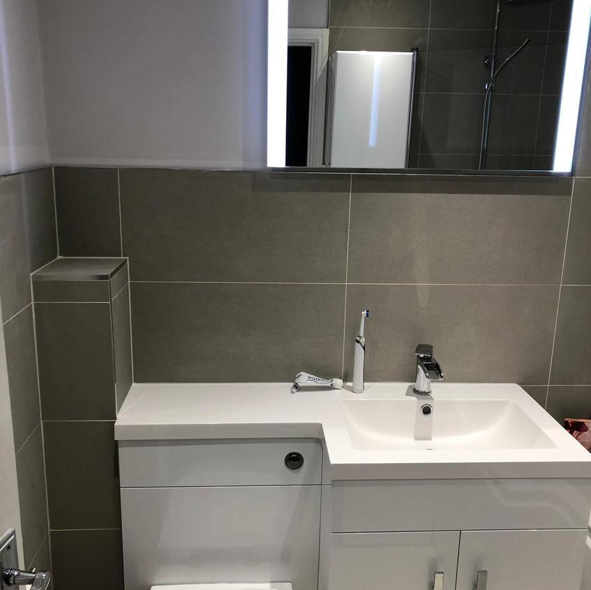 Design Supreme Bathroom