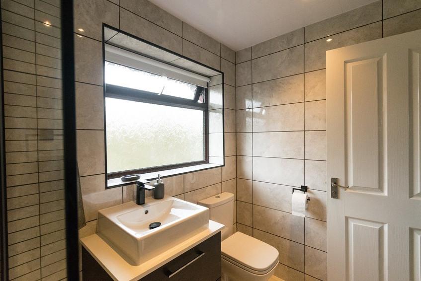 Steve Brooks Bathrooms