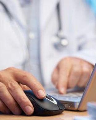 Doctor-Preparing-EMR.jpg