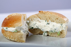 Sesame Bagel/Scallion cream cheese