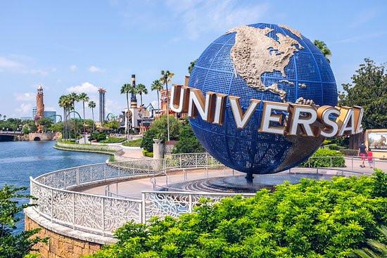 Universal Studios Parks