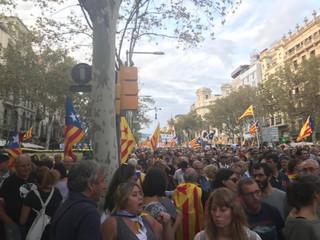 バルセロナの大規模デモ行進