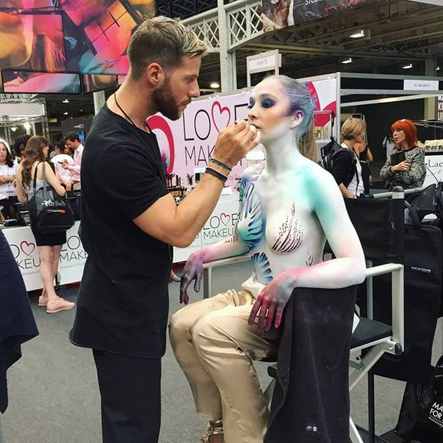 Last weekend! IMATS London 2018 👏__#imats #imatslondon #imats2018 #beautytrade #makeupevent #london #olympia #makeupartist #makeupartistworl