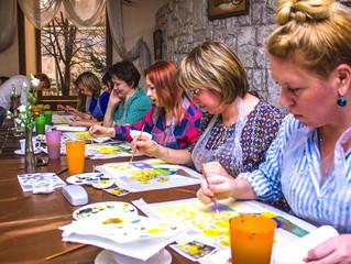 Женщины Уссурийска променяли роль домохозяйки на карьеру начинающего художника