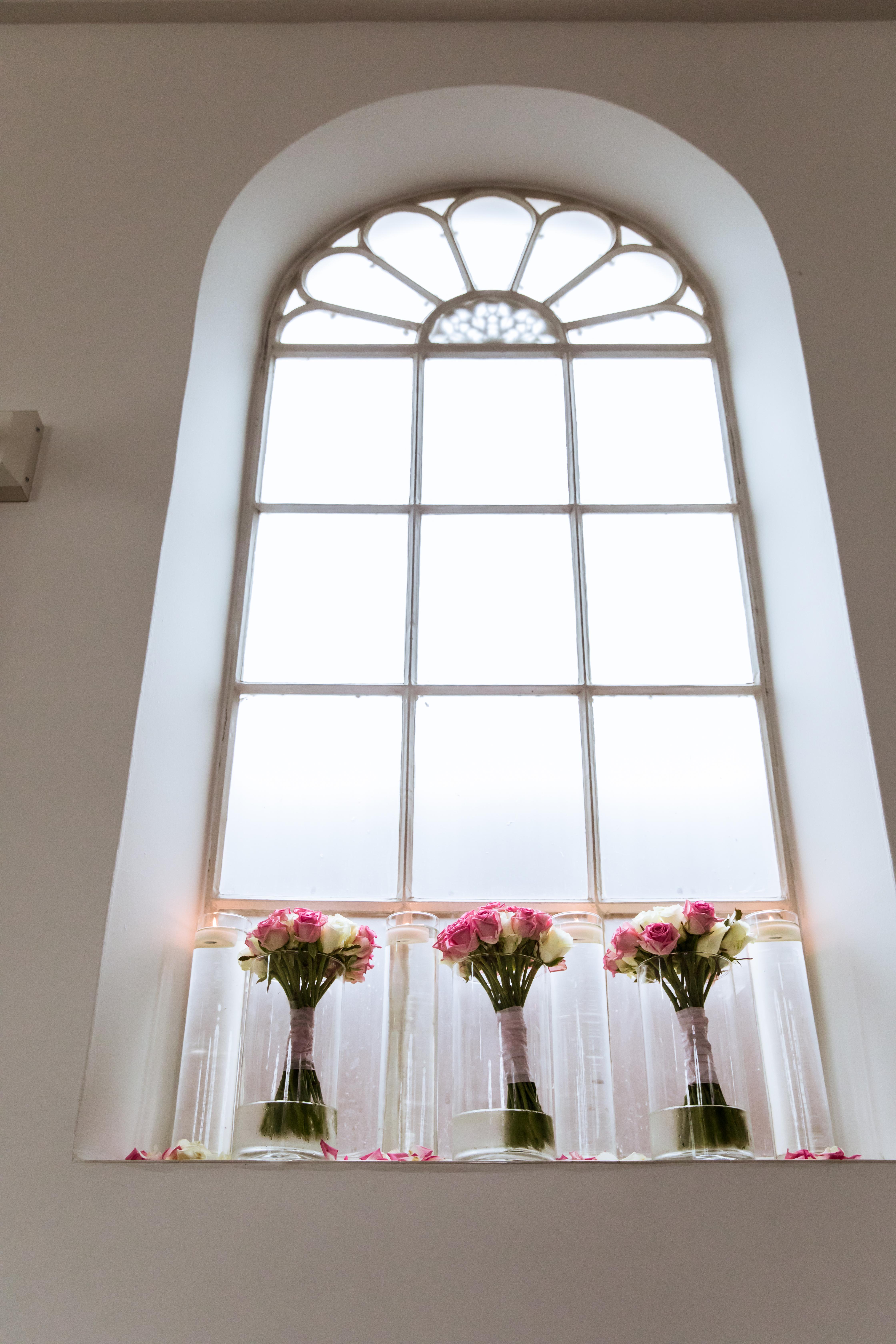 Kerk_vazen_raam_2