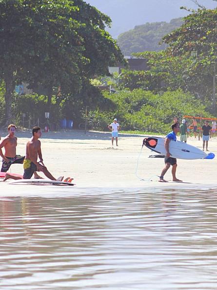 Praticar o surfe no meio da pandemia...
