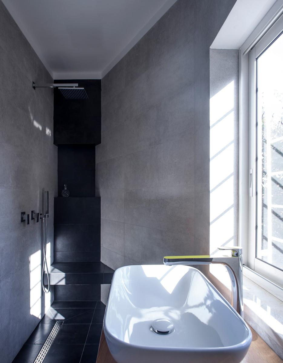 חדר אמבטיה הורים #2
