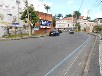 1046 - Rua Carlos Gomes - Quartel dos Aflitos - Sentido Praça da Aclamação