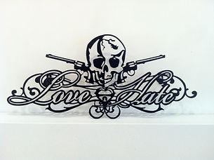 LoveHate(fin).jpg