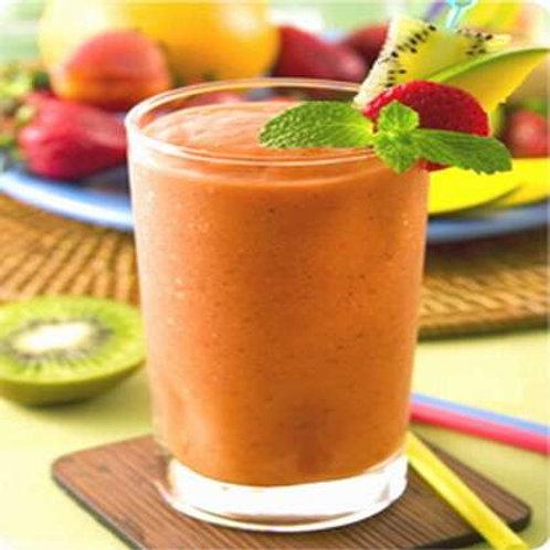 蘋果汁 + 紅蘿蔔汁 + 薑汁 + 蜂蜜 Apple + Carrot + Ginger + Honey