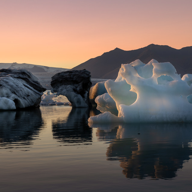 Jökulsarlon Glacier lagoon