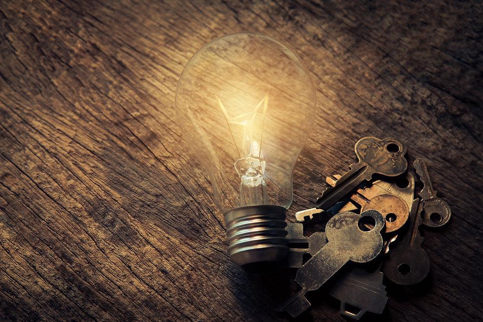 lightbulb-keys.jpg