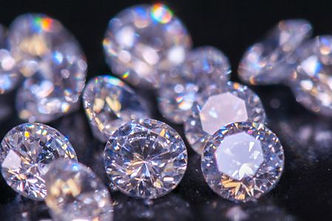 close-up-of-diamonds-713874959-5b859ff34