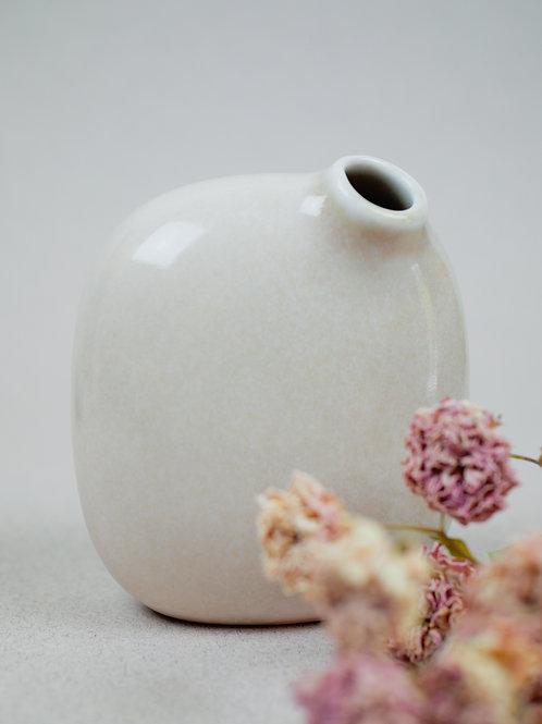 Vase en porcelaine beige
