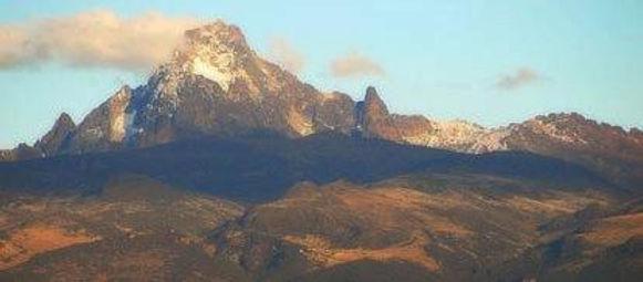 Kenya_AA_Blue_Mountain_-_500g_-_16_edited.jpg