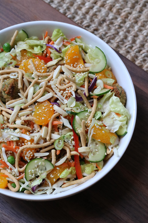Mandarin Chik'n Salad