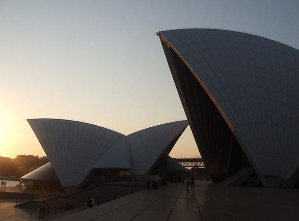 Opéra au coucher du soleil