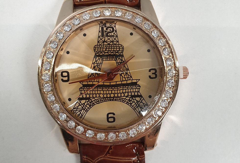 Horloge Paris Red
