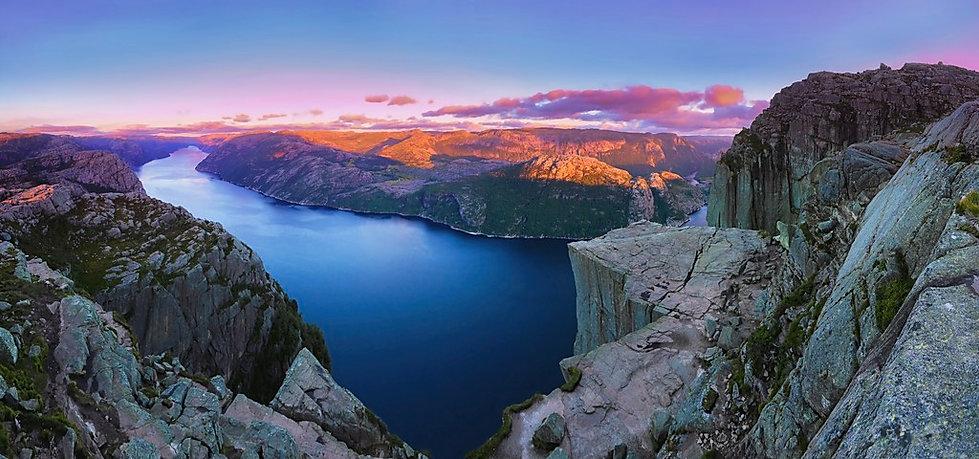 Preikestolen-Panoramic-Sunset2NEW2SHARPE