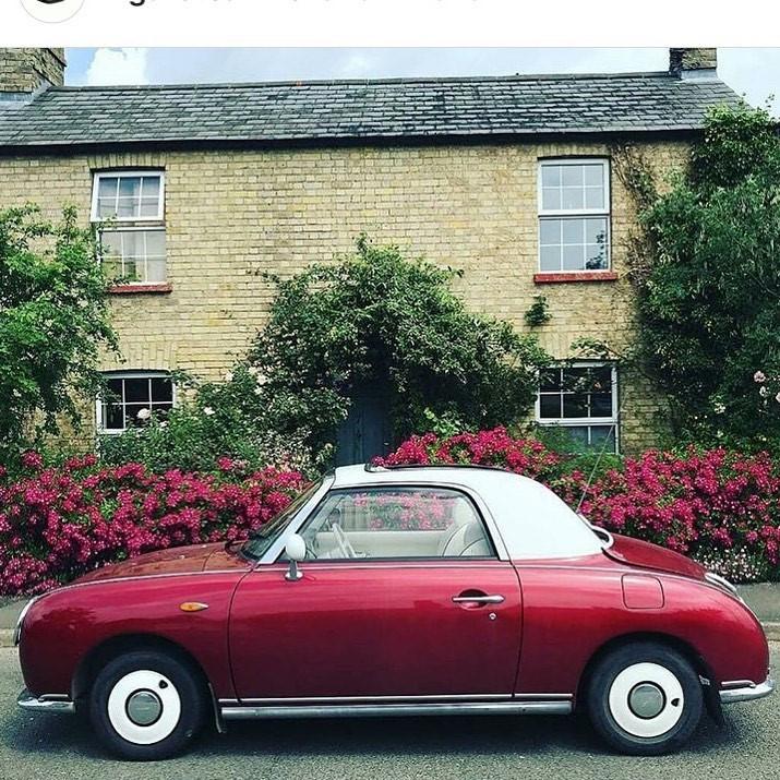 Nissan Figaro Side.jpg