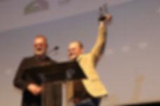 Ator Matheus Nachtergaele recebeu o Troféu Eusélio Oliveira