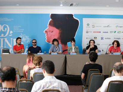Cineastas da Mostra Competitiva Brasileira de curtas-metragens tem seu primeiro debate