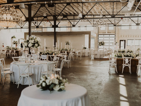 Why Friday Weddings Are Our Favorite