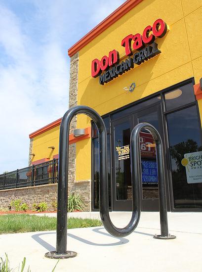 DonTaco_restaurant_exterior_03_front_doo