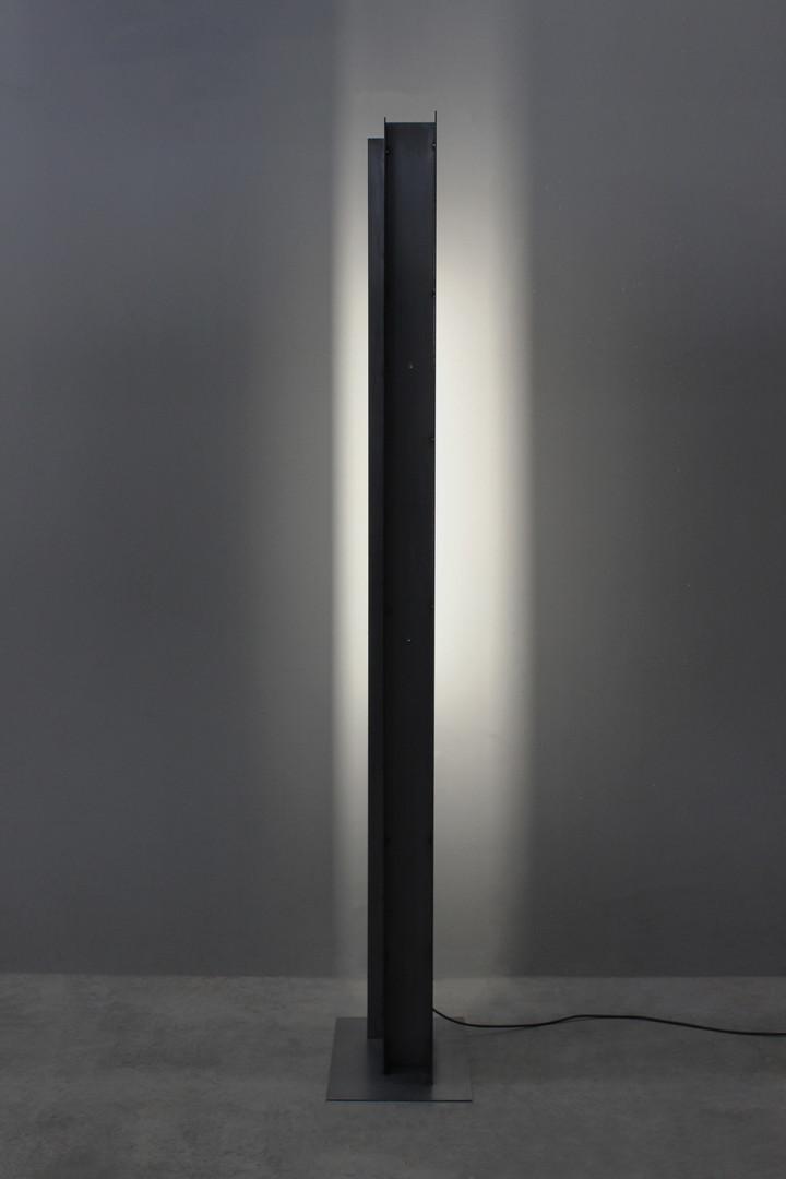 ©Forest Light_200x40cm_30kg_steel_2020_£