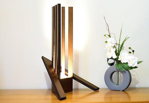 Carya: lampe design, en bois  teinté
