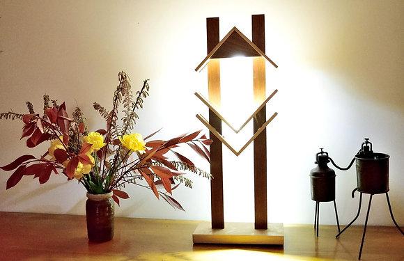 Trisaga: lampe en Hêtre et Sipo