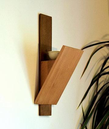 Daru: applique en bois massif, Chêne foncé et Hêtre naturel.