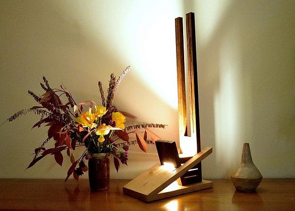 Verdana: lampe design en bois massif