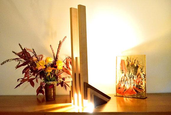 Ultera: lampe en Sycomore et Iroko massif