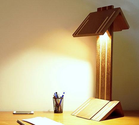 Evoni: lampe de bureau haut de gamme en bois massif