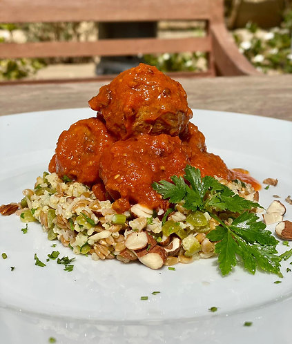 Organic Meatballs w/Cumin in Tomato Sauce with a mixed Grain Salad - Serves 1