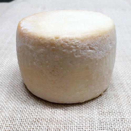 Pecorino plain-c.200-250g (sheep milk)