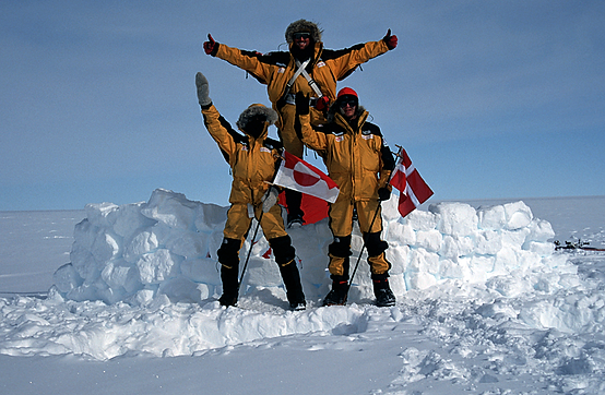 On the 'top' of Greenland, Gregers Gjersøe, Kalle Kronholm, Kristian Joos, Danish X Greenland Expedition 1999