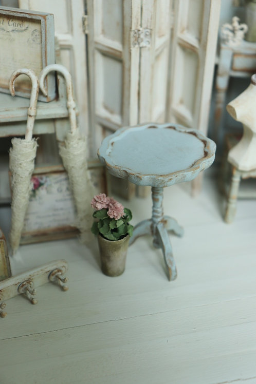 Blue Candlestick Table