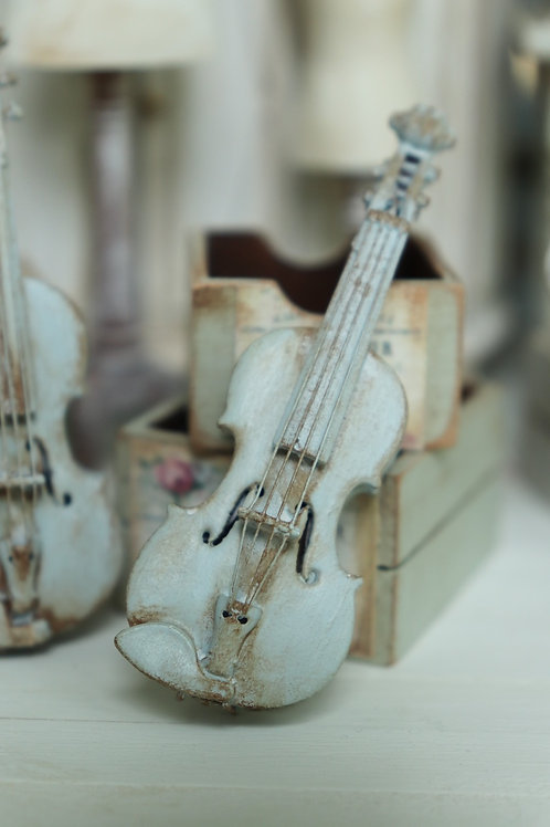 Shabby Blue Violin