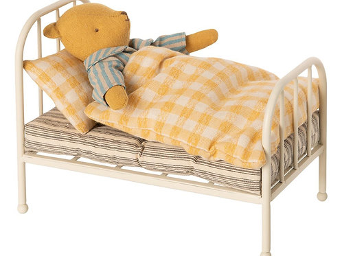 Bed For Teddy Junior