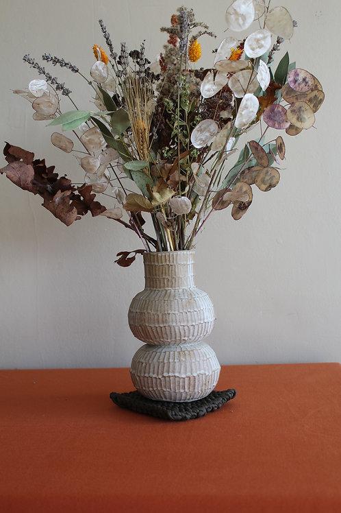 cream medium ridged vase