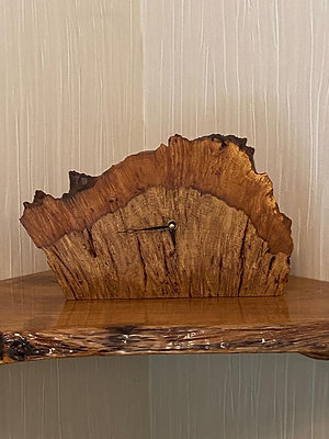 Oak Burr Clock