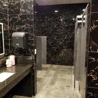 Massage Infinity - Bathroom