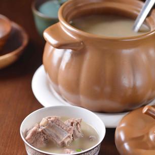 Pork Ribs w. Three Mushroom Soup 三菌瓦罐排骨汤