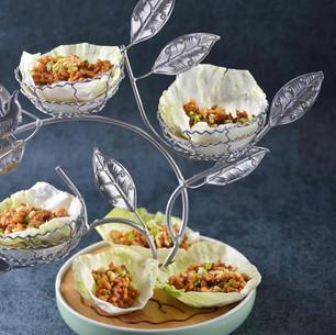 Minced Chicken Lettuce Wrap w. Pinenuts 生菜鸡松